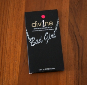Sleek Makeup Bad Girl i-Divine Eyeshadow Palette