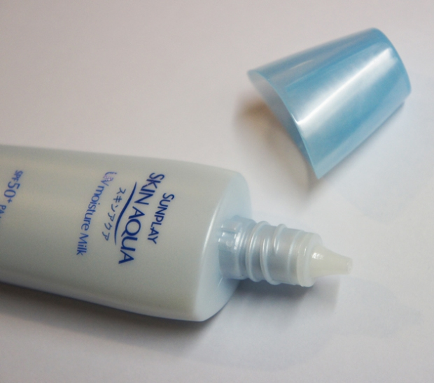 Mentholatum Sunplay Skin Aqua UV Moisture Milk
