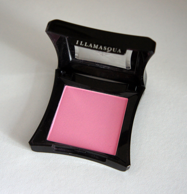 Illamasqua Powder Blusher in Nymph